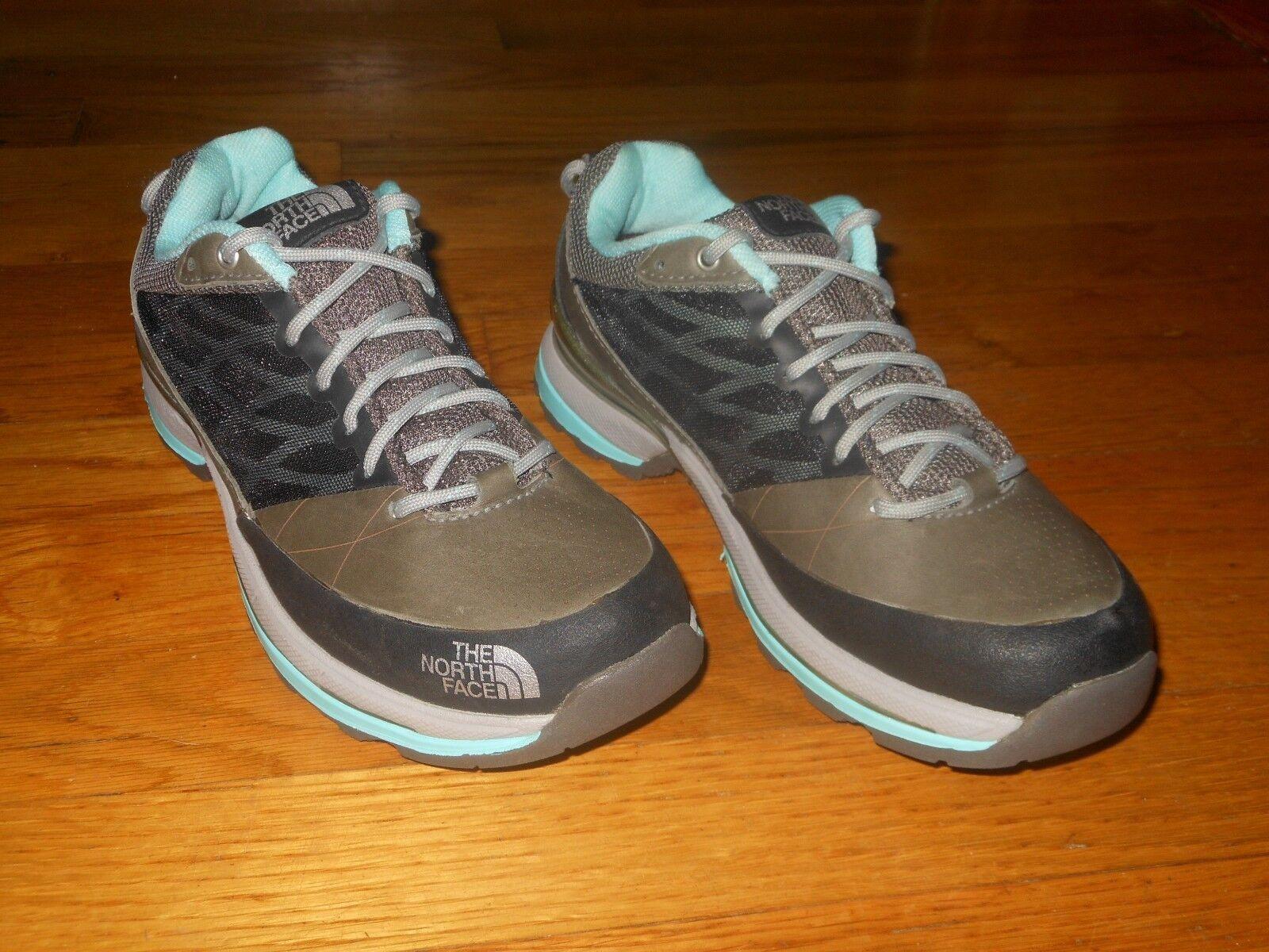 The North Face women's hiking shoes - Sz 6 M - EU sz 37 - Excellent condition