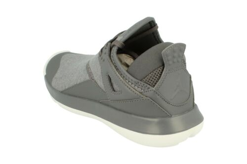 Ragazzi 005 Air Nike Bg 89 Scarpa Jordan Da Aa4039 Fly Ginnastica Tennis C8q8FwdP