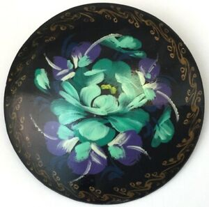 VINTAGE-BROOCH-BLUE-FLOWER-HAND-PAINTED-BY-ARTIST-RUSSIAN-LACQUER-JEWELRY
