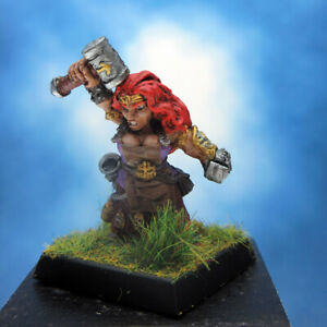 Painted-Reaper-Miniature-Freya-Fangbreaker