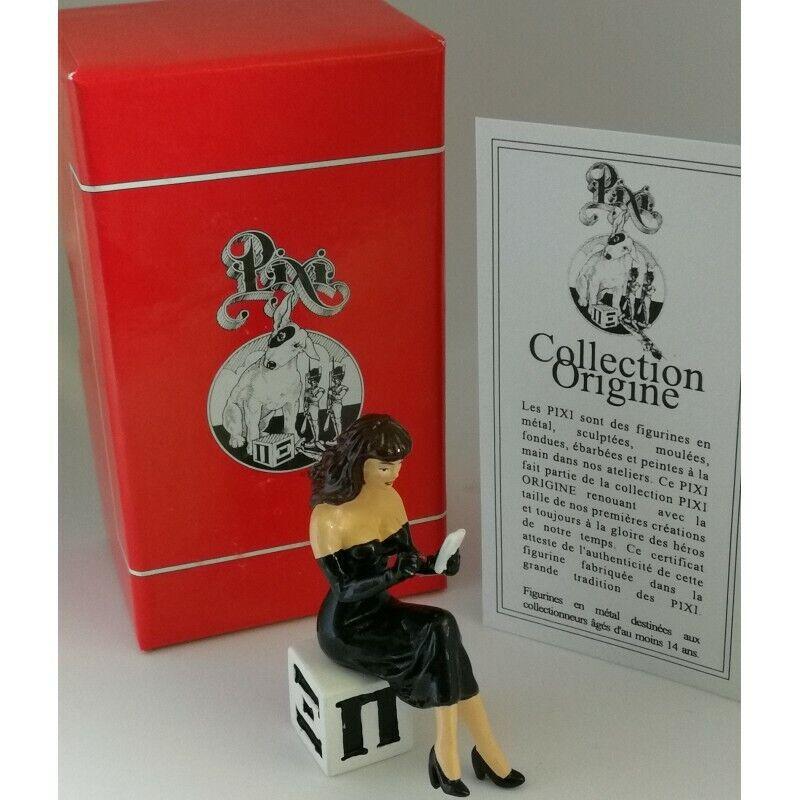 Figurine PIN-UP SUR LE CUBE PIXI 05327
