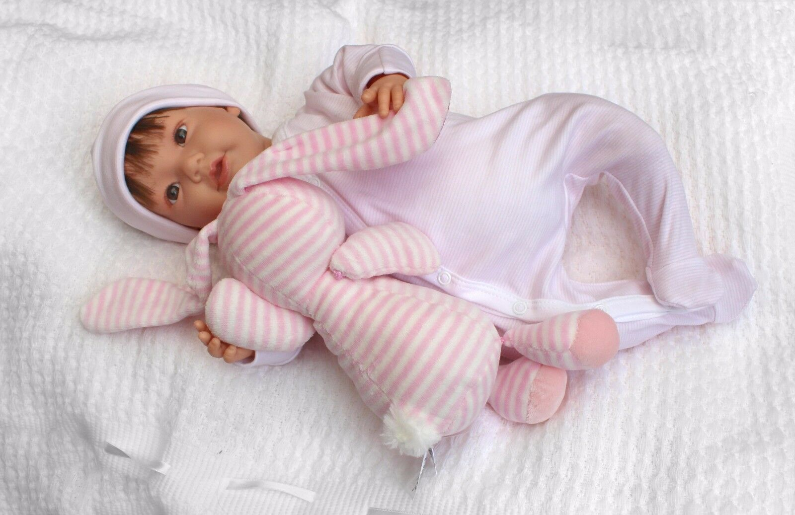 Imogen Realistic Baby Dolls Lifelike Newborn Jointed Girl Doll (or for reborn)