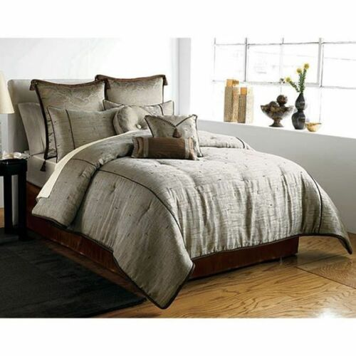 Brand New 4PC Silver Silk Comforter Set Comforter Shams /& Bedskirt