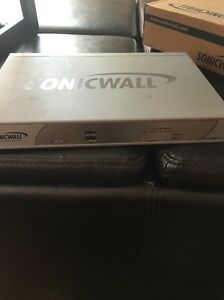 SonicWALL-NSA-250M-Firewall-Appliance-01-SSC-9735