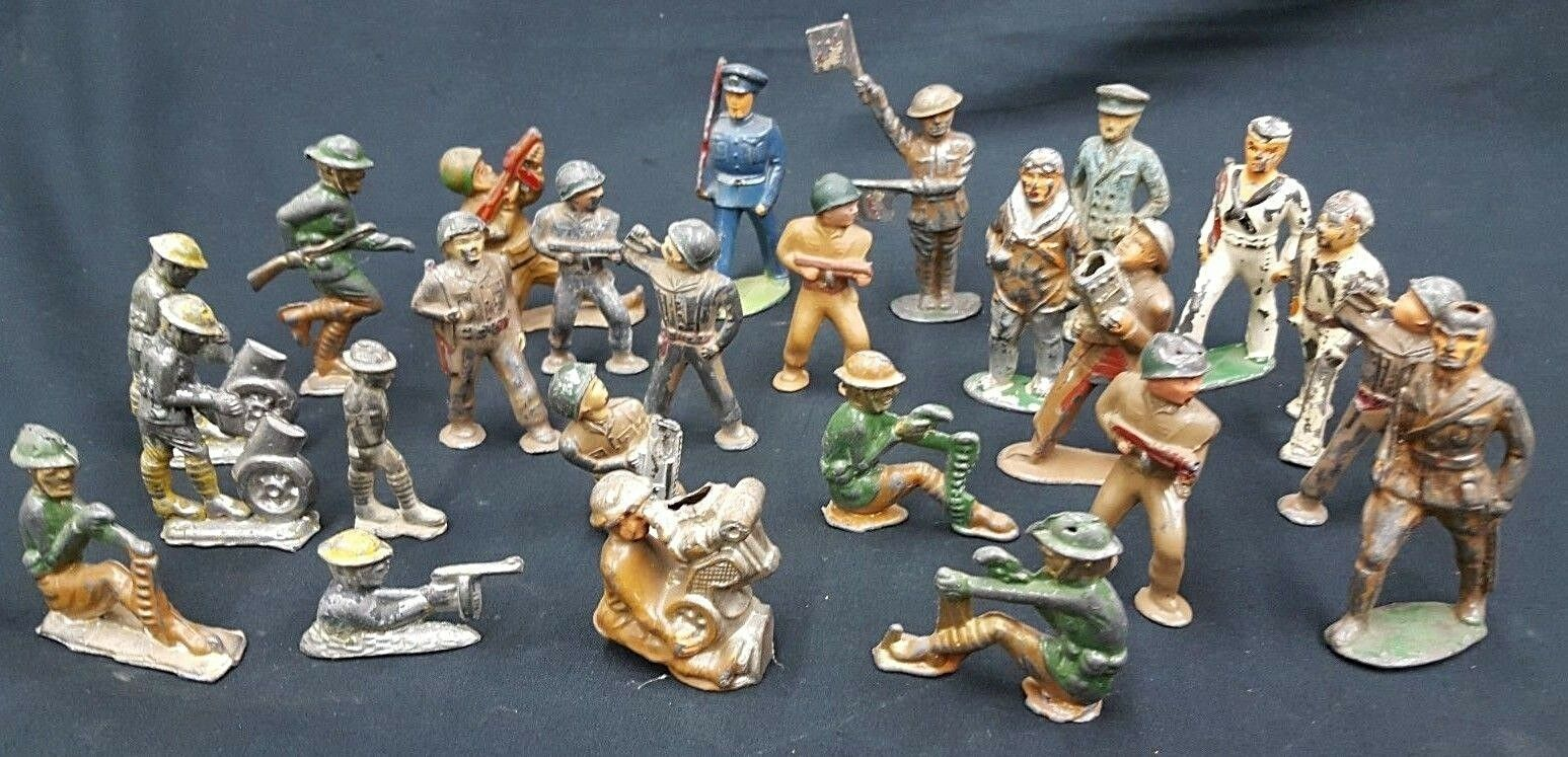 Lot of 25 Antique Cast Iron & Lead Toy Military Soldiers