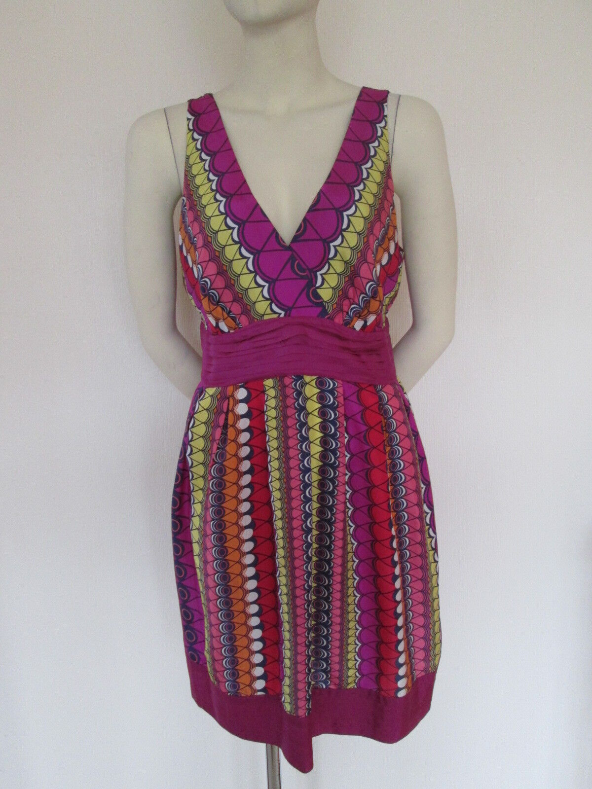 WAREHOUSE 100% SILK DRESS MULTI COLOURS, SIZE 16 BRAND NEW