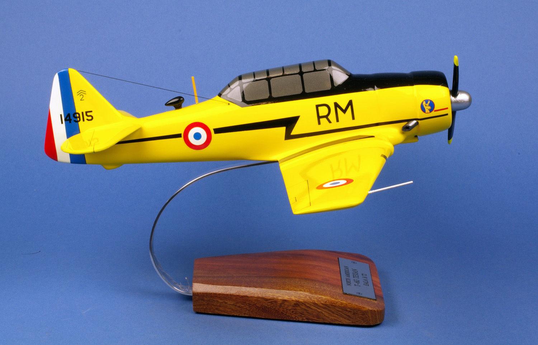 T-6 Texan 1 28 ENORME LEGNO yakair woodmodel yakair LEGNO aircraft avion 429f75