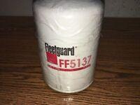 Lot (6) Fleetguard Fuel Filter Ff5137