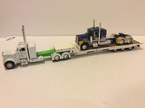 DCP-1-64-Eilen-and-Sons-Custom-Show-Hauler-379-Peterbilt