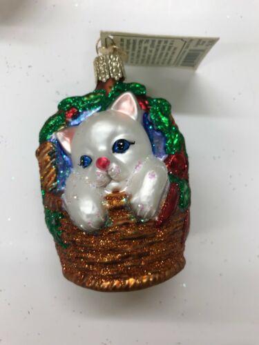 """Old World Christmas Ornament Glass /""""KITTEN IN BASKET/"""" NWT Merck 2006"""