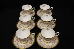 Set-of-6-Vintage-Gold-TUSCAN-Fine-English-Bone-China-Cups-amp-Saucers-Hand-Painted