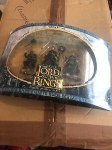2004-nouvelle Ligne Play Along-lord Of The Rings Armies Of Middle Earth-fig...