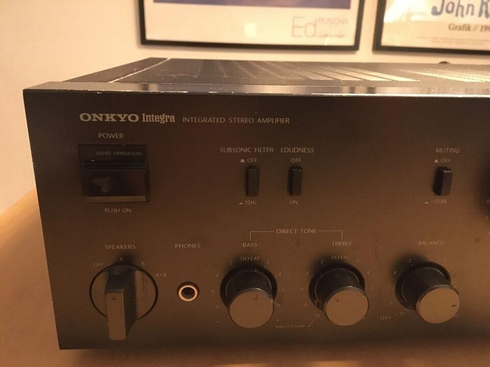 Integreret forstærker, Onkyo, A-8057