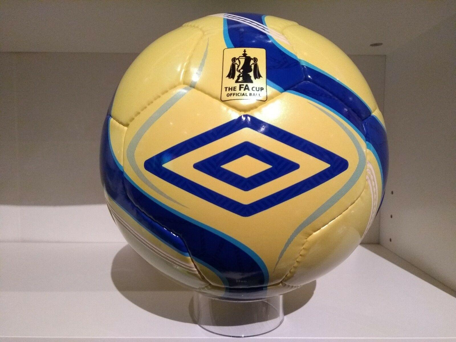 Umbro NeoPro FA Cup official match ball  2012/2013 (Hi-Vis)