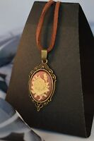VINTAGE STYLE ROSE  CAMEO  BRONZE NECKLACE [13/1/45]