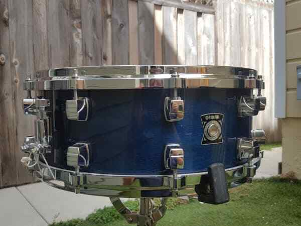 Yamaha 5.5  x 14  Sensitive Snare Drum.  Maple shell in immaculate condition.