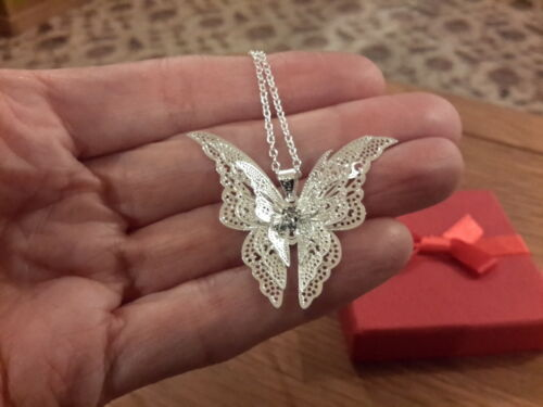 Brand new beautiful silver plated 3D butterfly  Necklace with gift box