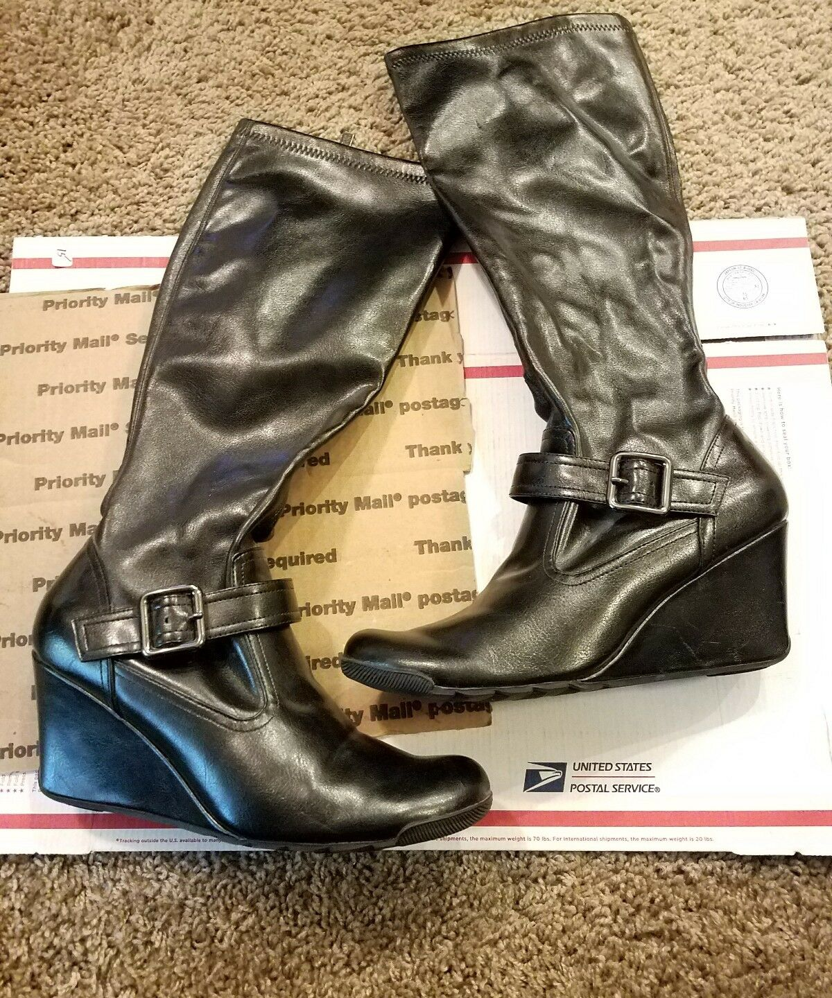 women kenneth cole boots size9