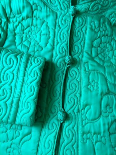 Vtg GORGEOUS Quilted NYLON Bathrobe Housecoat thic