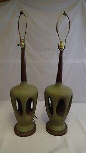 Pair-of-1950s-Vintage-Modern-Mid-Century-Modern-Ceramic-Wood-Table-Lamps-Retro