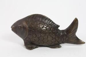 Skulptur-Figur-Bronze-Fisch