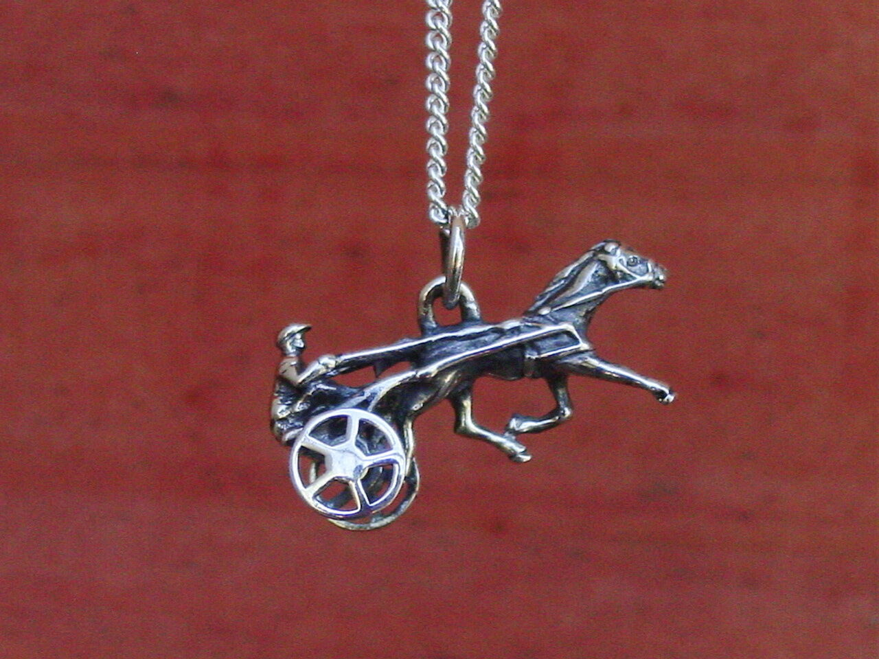 Harness Racing  Moving Sulky Wheel Tredter Pendant Equestrian With Chain  with cheap price to get top brand