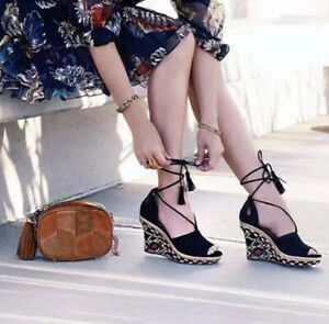 CAbi-Navy-Blue-Isla-Wedge-Shoes-Sandals-6001-Size-7-Ankle-Tie