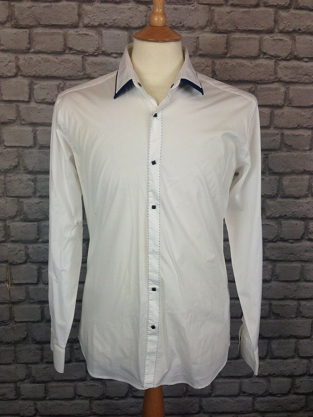LAGERFELD MENS UK S 40   102 WHITE AND blueE DOUBLE COLLARED  SHIRT RRP