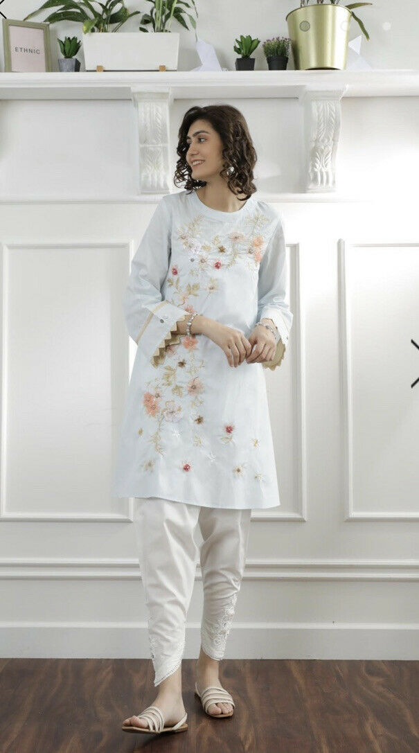 Ethnic By Outfitters Large Embroidered Kurta With Embellishments/