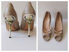 Prada Rosa Women's Enamel Flower Heeled Open Toe Leather Heel Pumps Size 39
