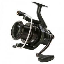 NEW Daiwa Crosscast Black Fishing Reel - 5500 - CCBK5500-A