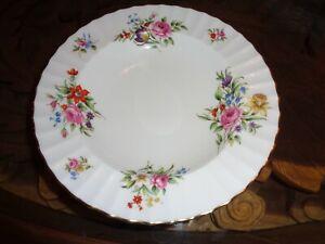 Royal-Worcester-Large-Dessert-Bowl-ROANOKE-Circa-1940-039-s-Pattern-Z2827