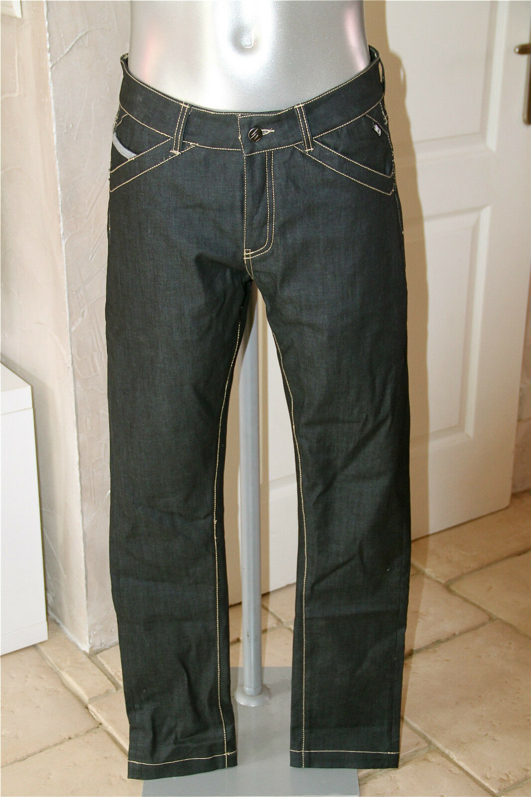 Jeans slim ciré homme KANABEACH trale T 42  NEUF ÉTIQUETTE valeur
