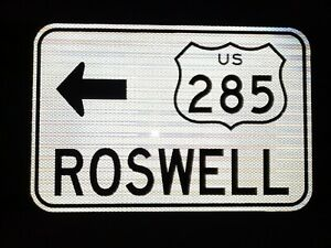 US-Highway-285-ROSWELL-route-road-sign-18-034-x12-034-New-Mexico-US-285-UFO