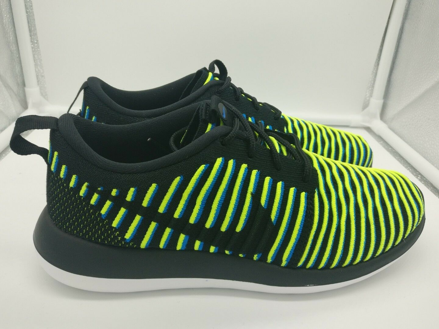 Nike femmes Roshe Two Flyknit4.5 Noir Photo Bleu Volt 844929003