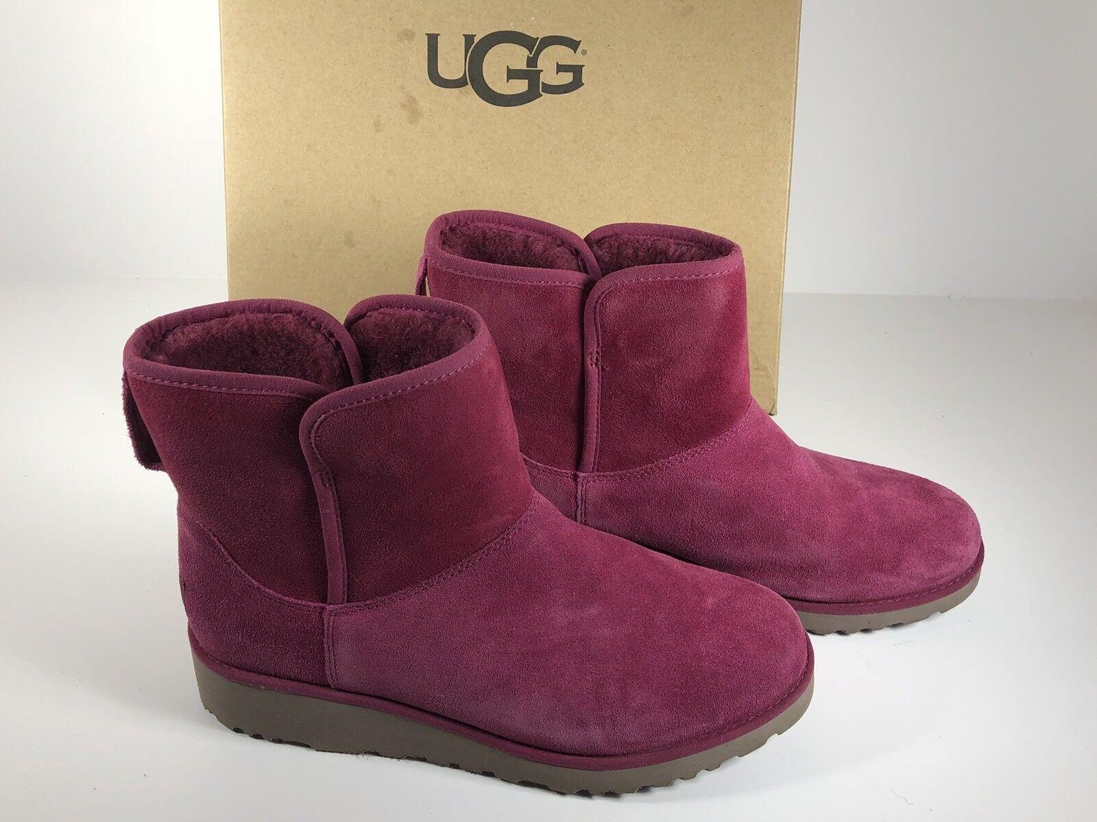 ¡Nuevo!UGG Kristin Lonely Hearts Tamaño 7 Botines mini rosa 1012497 mujeres