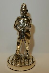 Royal-Hampshire-Art-Foundry-Polished-Pewter-Figure-Policeman-A2