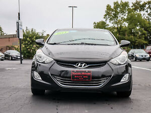 2013 Hyundai Elantra GLS- RARE 6pd MANUAL Transmission - LOW KMS - Accident FREE - WINTER Wheels INCLUDED - Power Sunroof and MORE!!
