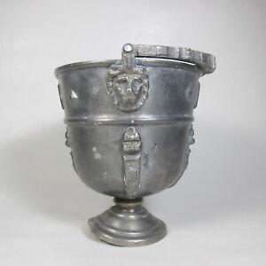 ANTICO-SECCHIELLO-PORTA-VASO-PORTAVASO-FIORI-PELTRO-TESTE-DI-LEONE-SVIZZERA-1800
