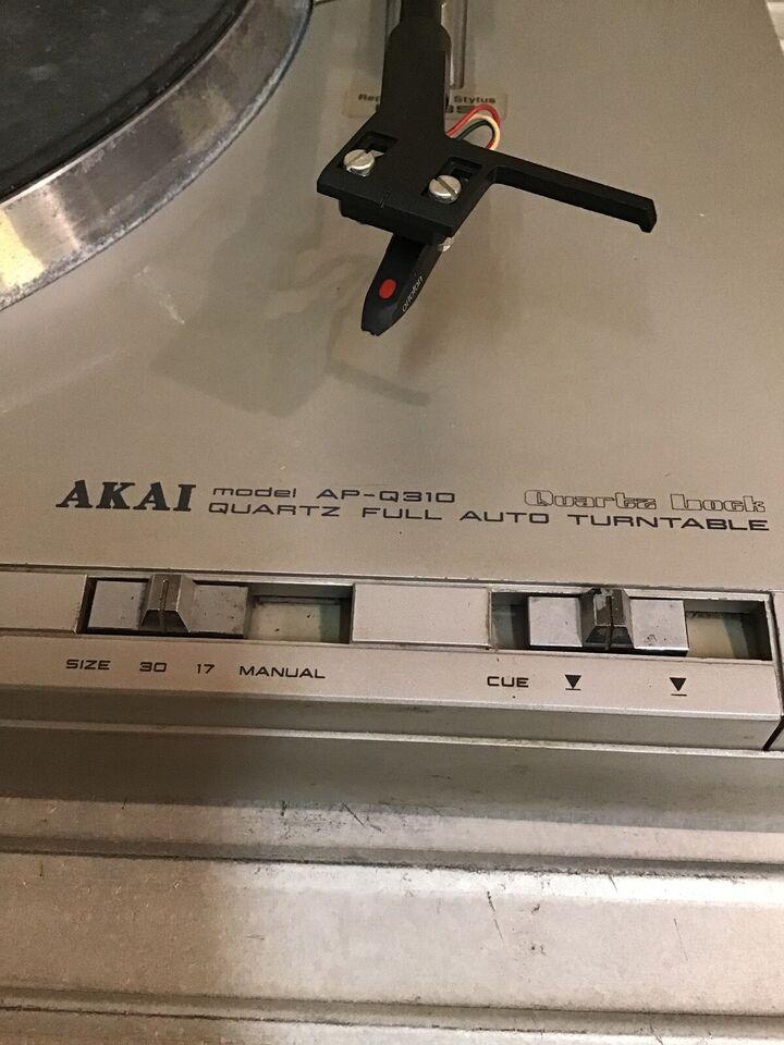 Pladespiller, Akai, AP-q310