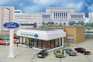 HO-Scale-Wayne-Brothers-Ford-Dealership-Structure-Kit-Walthers-933-3483