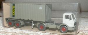 P11-Wiking-526-Mercedes-SZ-Stahlcontainer-CLOU