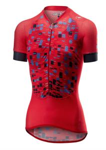 La camisa roja de los alpinistas de castellano