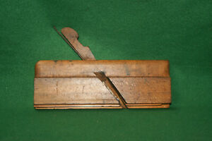 Antique-Vintage-User-5-16-034-Greenfield-Tool-Co-Side-Bead-Moulding-Plane-Inv-EB03