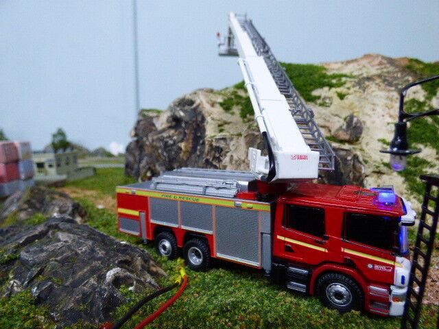 OXFORD SCANIA FIRE ENGINE avec clignotant urgence Lumières
