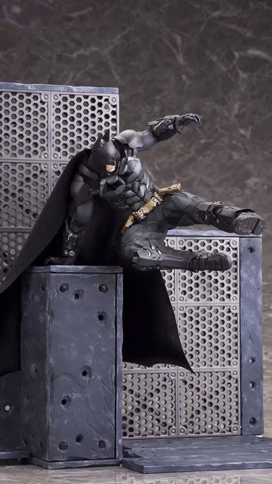 Batman from Arkham Knight 1 10 Scale Kotobukiya ArtFX Statue Battle Scene  NEW
