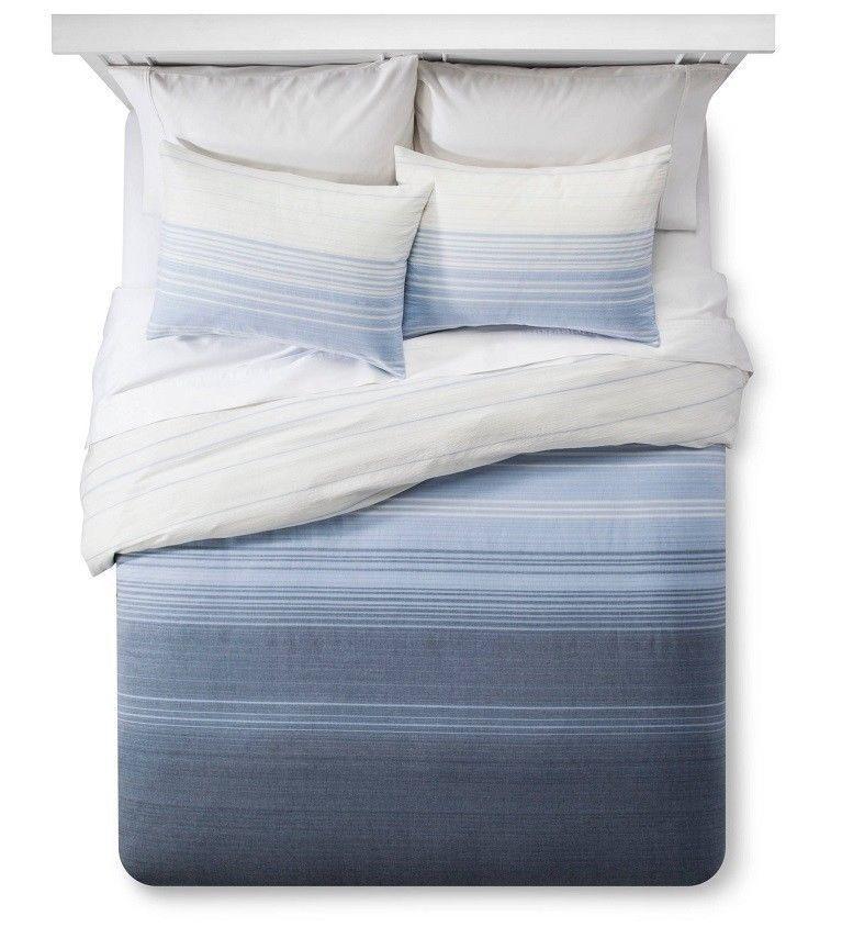 Threshold bluee Woven Ombre Stripe Duvet Cover Set 3 pc  KING  MSRP  80