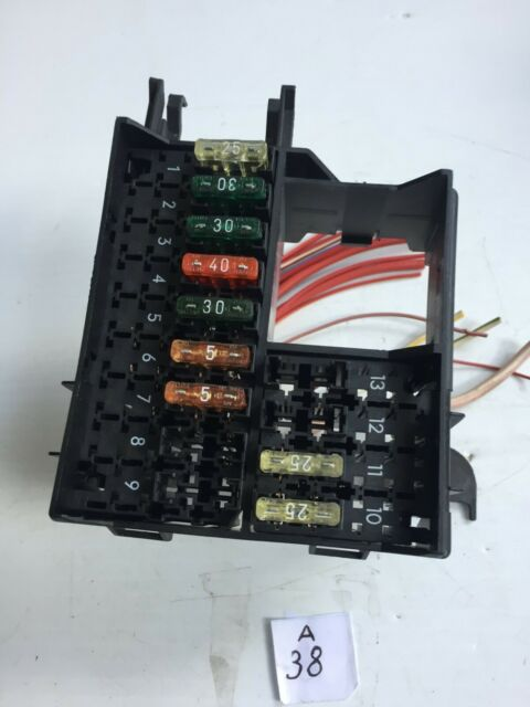 1999 Mercedes C230 Fuse Relay Box Connector Plug Assembly
