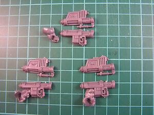 Militarium-Auxilla-Bullgryns-Grenadier-Gauntlet-bits