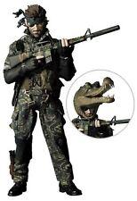 """Metal Gear Solid 3 Tapa De Cocodrilo Serpiente desnuda devorador de camuflaje Rah Medicom 12"""" 1:6"""